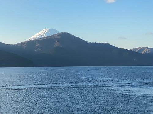 芦ノ湖 海賊船からの富士山