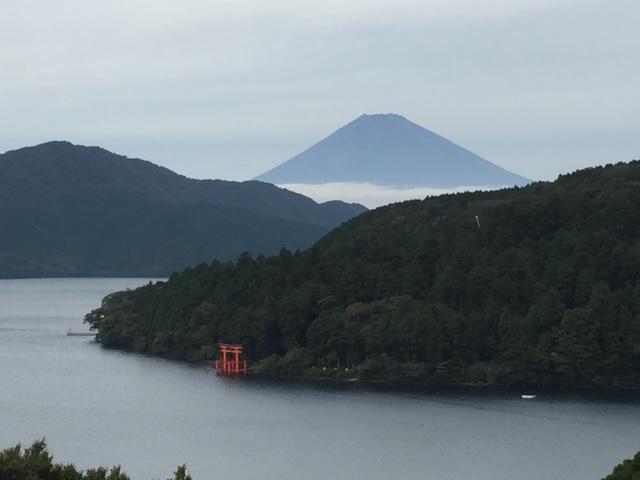 曇りの日の富士山